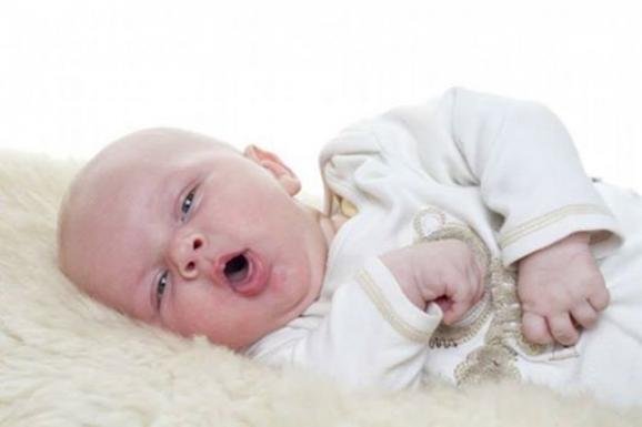 وصفة مذهلة تقضي على السعال عند الأولاد والرضع