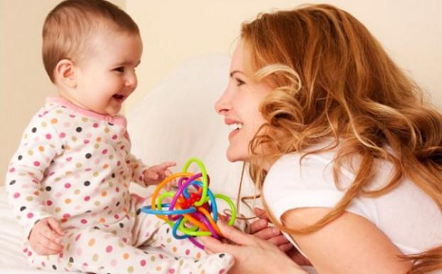 كيف يتعلّم طفلك و ما هي أفضل الطرق لتُحفِّز تطوره العقلي و العاطفي