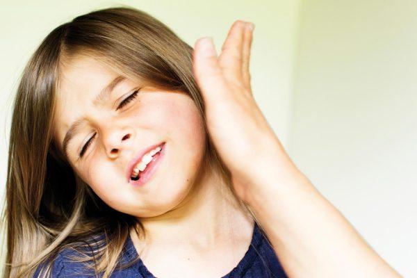 8 تصرفات تقومون بها تدمر شخصية الطفل.. تجنبوها !
