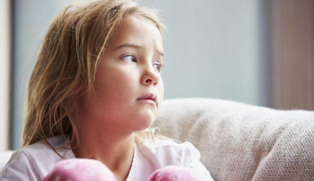 كذبات قد تدمر مستقبل طفلك..