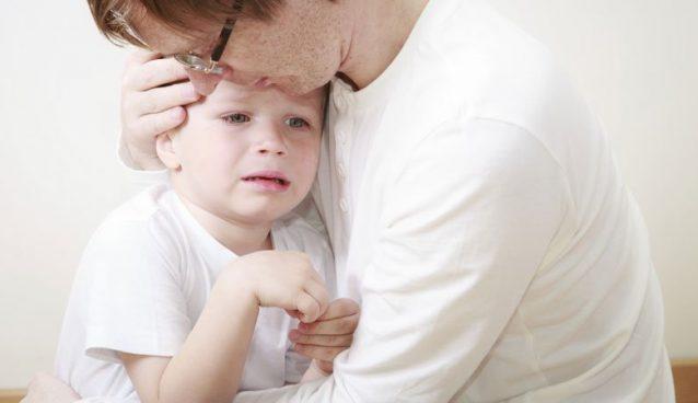 تعامل الأب مع أطفاله.. كيف تكون أب ناجح ومثالي؟